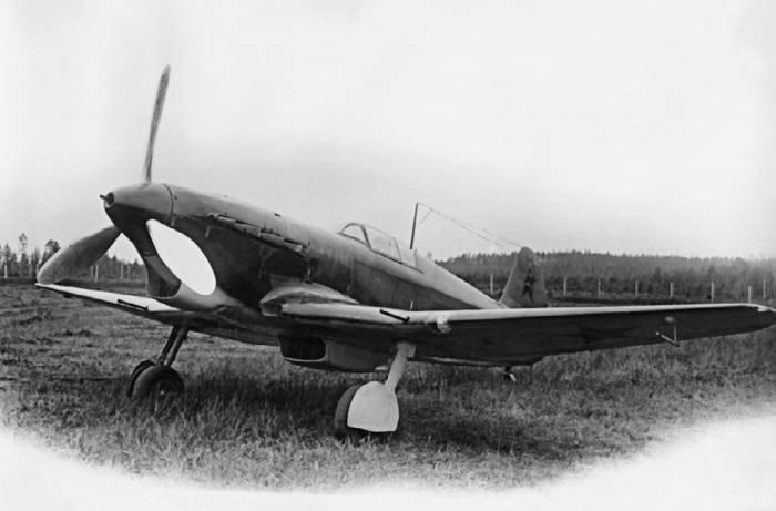 Як-1 6-го истребительного авиакорпуса ПВО Москвы