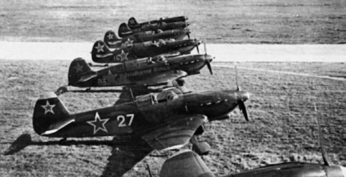 Линейка истребителей семейства Як-7