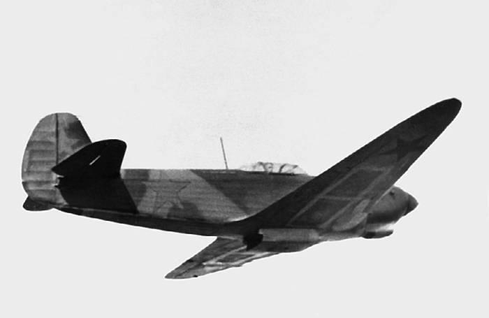 Як-7ДИ с пониженным гаргротом