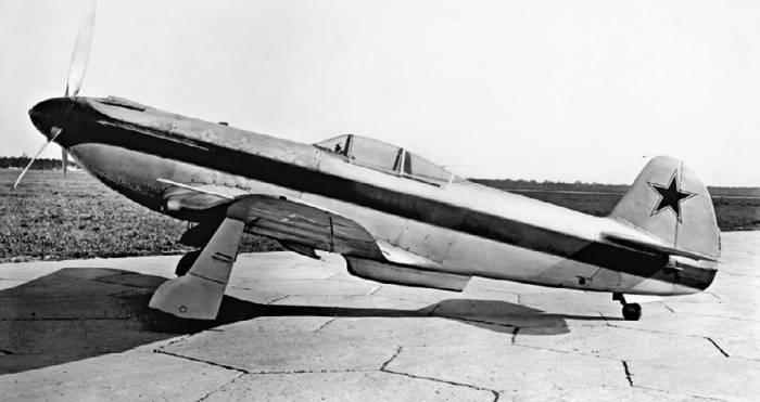 Як-3 с двигателем ВК-107А и металлическим крылом (заводской №70–03, выпущен заводом №31), март 1945 года