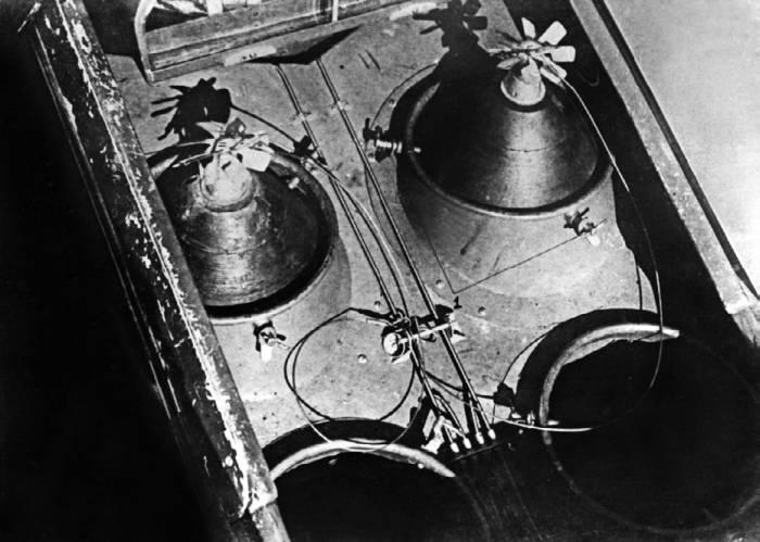 Авиабомбы в грузовом отсеке Як-9Б располагались вертикально. Вид снизу фюзеляжа