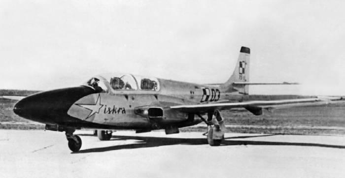 Польский самолет TS-11 «Искра», участник сравнительных испытаний на аэродроме Монино, 1961 год