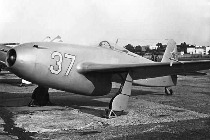 Единственный экземпляр Як-15, дошедший до наших дней