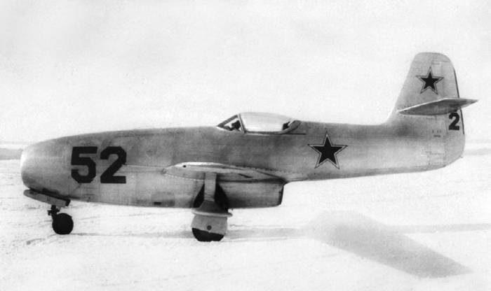 Истребитель Як-23 на государственных испытаниях