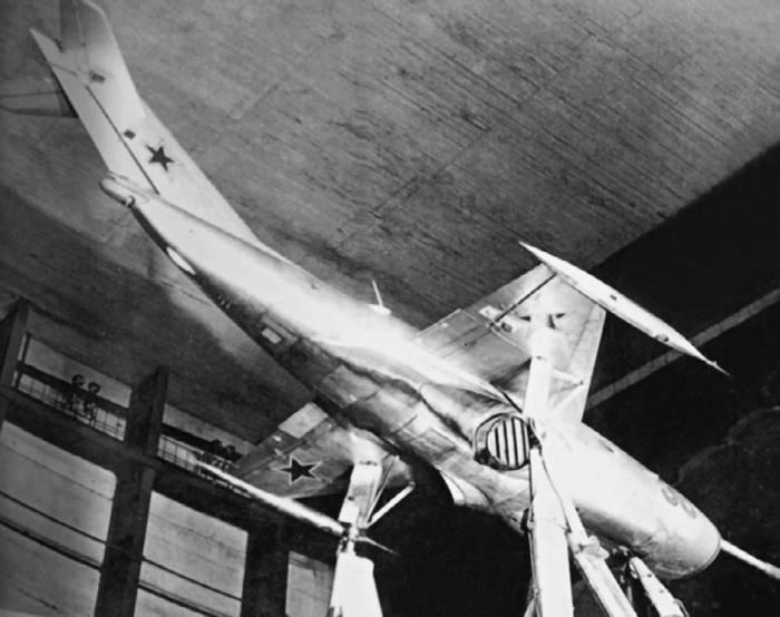Самолет Як-36 в аэродинамической трубе ЦАГИ Т-101