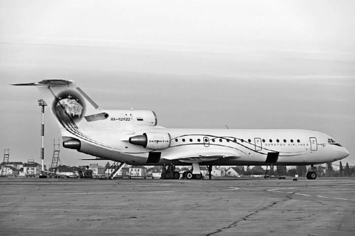 Як-42Д авиакомпании «Саратовские авиалинии». Фото Александра Мухина
