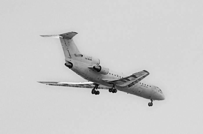 Як-42Д заходит на посадку в аэропорт Внуково. Фото Михаила Орлова