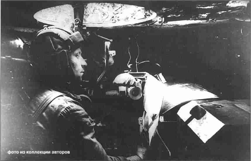 СУ-152 майора Санковского, уничтожившая в первом бою 10 немецких танков. 13-я армия, август 1943г. (Фото из коллекции авторов).