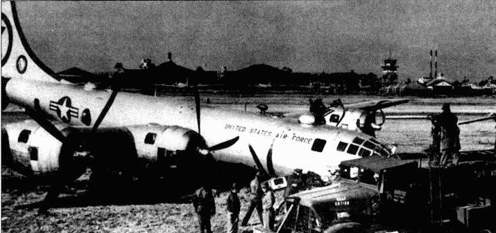 RB-29A «Flak Shack» из 91-й эскадрильи стратегической разведки получил попадание снаряда зенитной пушки в марте 1952 года над рекой Ялуцзян. Но экипаж сумел дотянуть до своей базы в Йокоте, где совершил аварийную посадку. Самолет ремонту не подлежа», его списали и разобрали на запчасти.