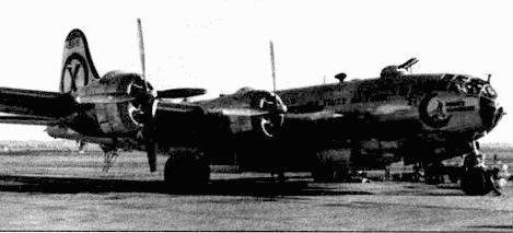 Дальние разведывательные вылеты в ходе Корейской войны совершит самолеты RB-29 из 91-й эскадрильи стратегической разведки. Этот RB-29A «Moon's Moonbeam» 44- 618/5 снят в Йокоте, 195/ год.