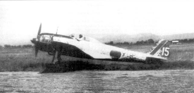 Ku-43-II-Ko из 2-го чутая 25-го сентая, Нанкин, Китай, лето 1943 года. На этом самолете летал сержант Кусиро Отаке, который закончил войну с 15 победами на боевом счету.