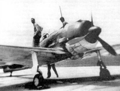 Ки-43-II-Оцу, захваченный американцами на Филиппинах в 1944 году. Самолет подвергся комплексным испытаниям. Снимок сделан в AFB «Dover» в 1945 году.