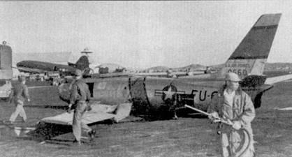 Как бывает ни любой войне, «Сейбры» несли потери не только от огня противника, но и в результате летных проишествий. На истребителе F-86E-1-NA (50-660) «PEARLESS, INC» из 4-го авиакрыла было сбито несколько МиГ-15. Пилот-новичок 1-й лейтенант Джон Фириби «разложил» самолет 50-660 при посадке на аэродром Кимпо 28 ноября 1952г. Истребитель пришлось списать.