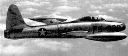 Первые два МиГа в одном бою были сбиты не на «Сейбре», как этого можно было бы ожидать, а на менее совершенном истребителе F-84E «Тандерджет». Автором двойной победы, одержанной 23 января 1951г. над Синьчжу, стал лейтенант Джэкоб Крафт из 522-й эскадрильи 27-й авиагруппы эскортных истребителей Стратегического авиационного командования ВВС США. Истребитель F-84E сфотографирован самим Джэком Крафтом в одном из боевых вылетов на сопровождение бомбардировщиков В-29, вскоре после своей «двойной победы».
