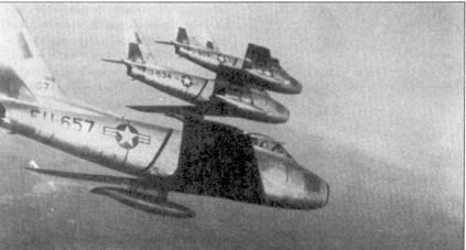 Возможно это исторический снимок, сделанный во время самого первого вылети группы истребителей F-86E на боевое патрулирование над аллей Мигов, декабрь 1951г.