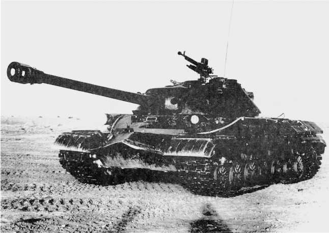 11.Тяжелый танк Т-10 во время гарантийного пробега. 1955 год (ИЖ).
