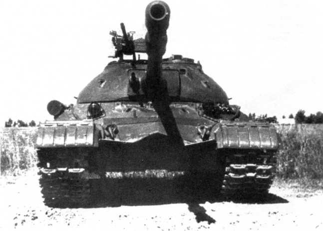 47.Тяжелый танк Т-10М, вид спереди (АСКМ).