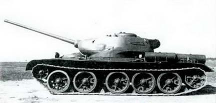 Танк Т-44А на испытаниях. 1944 г.