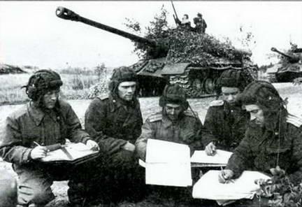 Полк танков ИС-3 на учениях ЛВО.