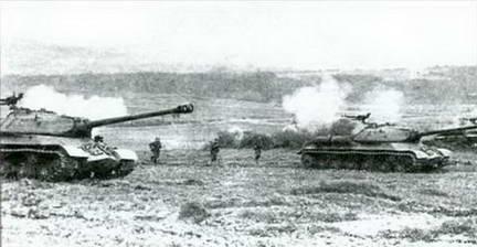 Подразделение танков ИС-3 на учениях. Венгрия 1958 г.
