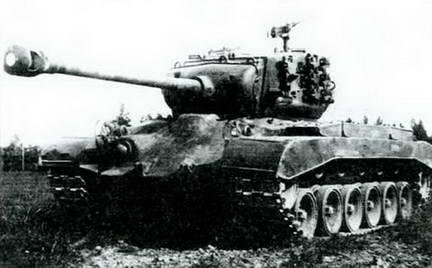 Американский танк М-26 «Генерал Першинг» на испытаниях. 1945 г.