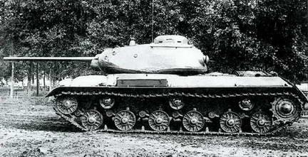 Опытный образец танка ИС «образец №3» с 85-мм пушкой С-31. Лето 1943 г.