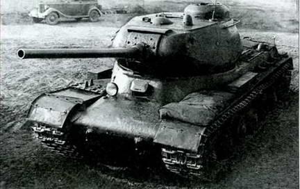 Танк ИС-85 («Объект 237») с 85-мм пушкой Д-5Т. Лето 1943 г.