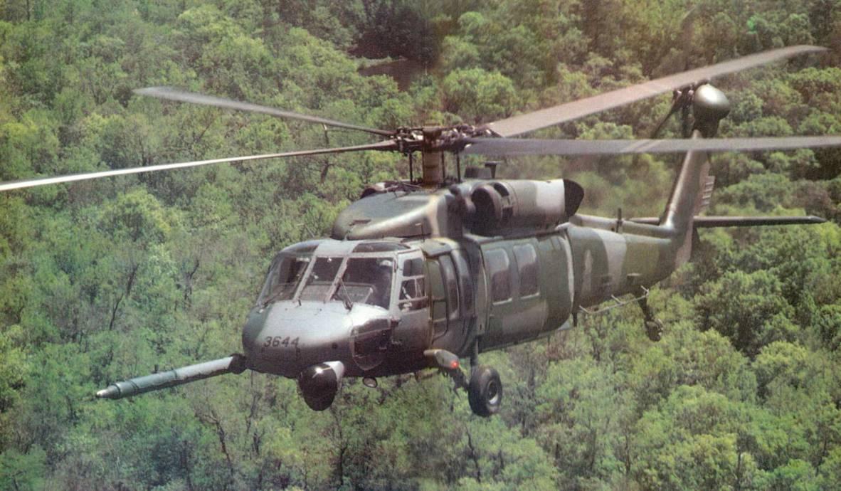 СИКОРСКИИ S-70 (UH-60A) «БЛЭК ХОУК»