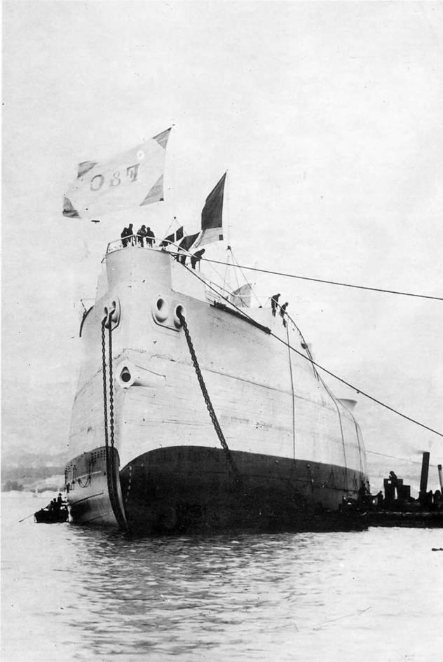 """""""Цесаревич"""" спущен на воду. 10 (23) Февраля 1901г."""