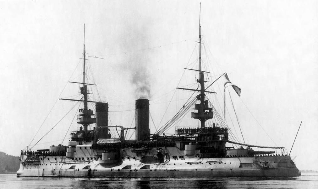 """Эскадренный броненосец """"Цесаревич"""" во Франции во время ходовых испытаний. Лето 1903г."""