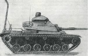 Рис. 12. Танк М60, оборудованный для преодоления глубоких бродов