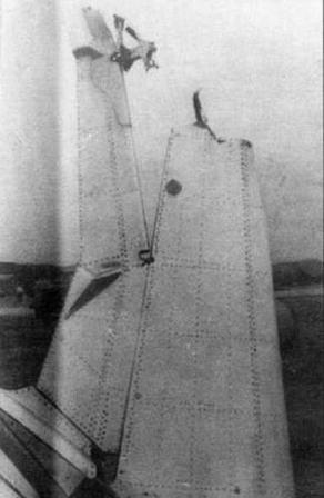 Характерные повреждения двигателя ВК-1 (внизу)