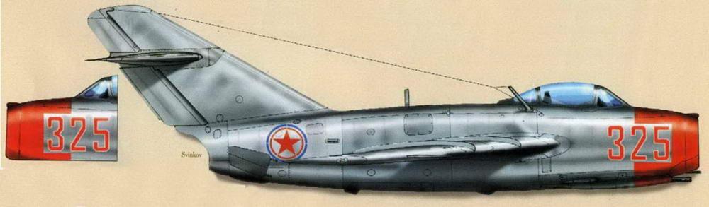 МиГ-15бис №1315325, п-к Пепеляев (19 сбитых), июнь 1951 - январь 1952, Аньдун. Обратите внимание на разное положения номера на правом и левом борту.