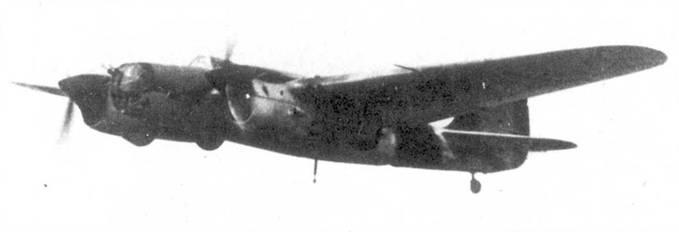 СБ-2М-103 в полете, 1942 год.