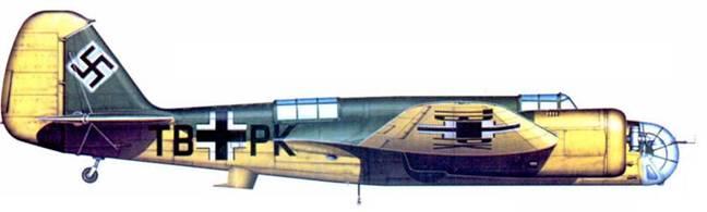 Бывший чехословацкий В.71A. ТВ+РК в немецком камуфляже. Новые хозяева использовали самолет для учебных целей. Германия. 1940 год.