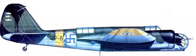 СБ-2М-100А (VP-8, SB 8) из 2/LeLv 6. Нуммела, лето 1941 года. Самолет был захвачен финнами в ходе зимней кампании. На руле направлении при отметки потопленных кораблей (победы 10 июля, 25 июля и 24 августа 1941 года).