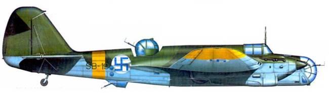 СБ-2М-103 поздней производственной серии (SB-19) из 1 /LeLv 6, Турку, весна/лето 1943 года. Финляндия получила самолет в апреле 1942 года.