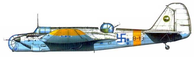 СБ-2М-103 поздней производственной серии (SB-13) 2/LeLv 6, Иммола, зима 1942/43г.г. Финляндия получила эту машину 5 ноября 1941 года. С 15 августа 1942 гола самолет действовал в составе 2/LeLv 6. Пример зимнего камуфляжа.