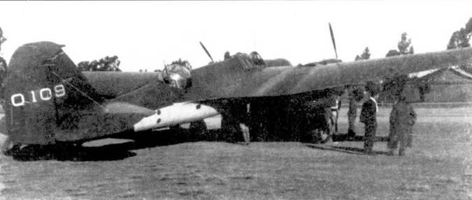 Два снимка китайских СБ-2 с двигателями М-100 и М-105, 1939/41г.г. Самолет раннего типа несет камуфляж, наложенный уже в Китае (темно-зеленый на светло-зеленом фоне) и необычные опознавательные знаки. Вторая машина несет стандартный камуфляж ВВС образца 1940 года и порядковый номер на киле.