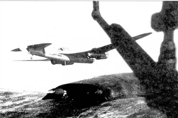 Китайский СБ в полете.