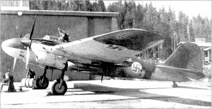 Тренировочный SB-6 us состава T-LeLv 17, лето 1943г., аэродром Люонетёрви.
