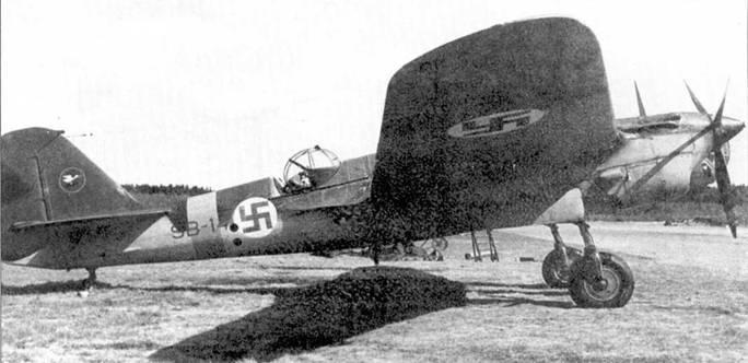 Финский СБ-2 помер SB-14 из 2/LeLv 6, Мальме, 1942 года. Типичный камуфляж.