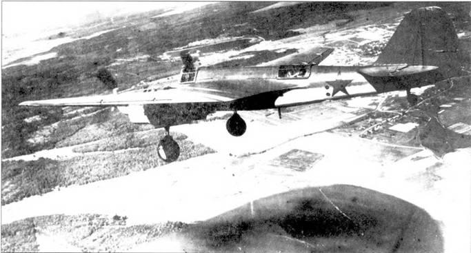 СБ-2М-103 перед посадкой, лето 1940г.