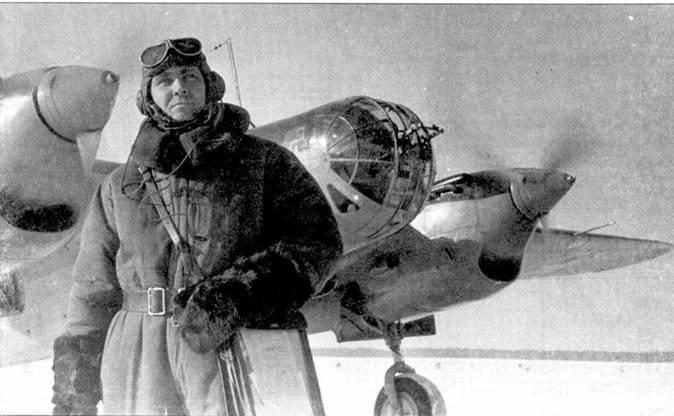 Отличник боевой и политической подготовки, майор С.Л.Кибирин около своего СБ-2М-103. Московский военный округ, зима 1940/41гг.