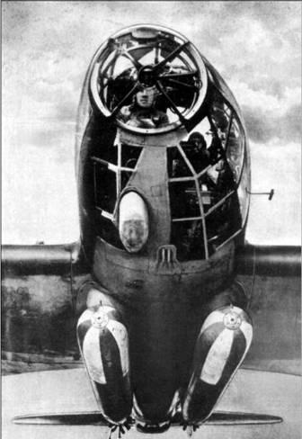 He 111Н-6 с двумя торпедами на внешней подвеске.