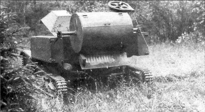 Установка мин с помощью минного заградителя МЗ-27