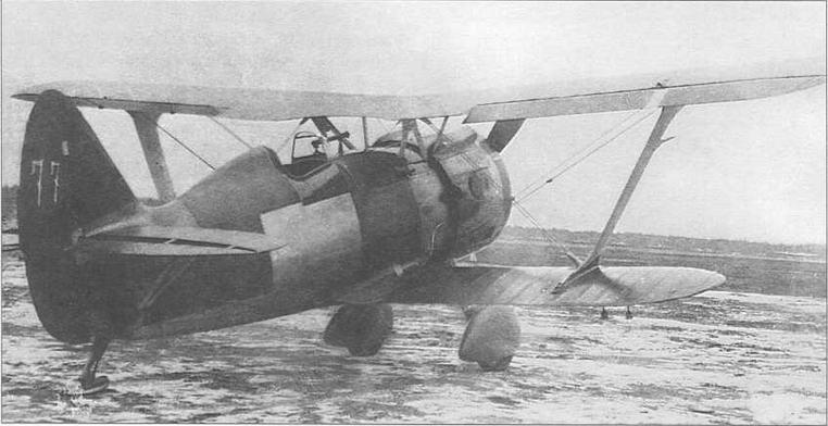 И-15бис ТК. заводской №5977, в процессе заводских испытаний в сентябре 1939 г. Самолет полностью не окрашен. Две последние цифры заводского номера, нанесенные на руле поворота, что называется, «на скорую руку», призваны для отличия данного экземпляра от других машин войсковой серии