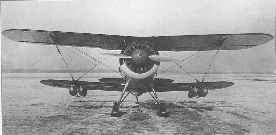 И-15бис №3615 с 50-литровыми подвесными баками. НИИ ВВС, апрель 1939 г.