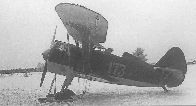 И-15бис с бортовым номером «173» из состава 152-го иап ВВС 9-й армии совершил вынужденную посадку на финской территории 24 декабря 1939 г. (CG)