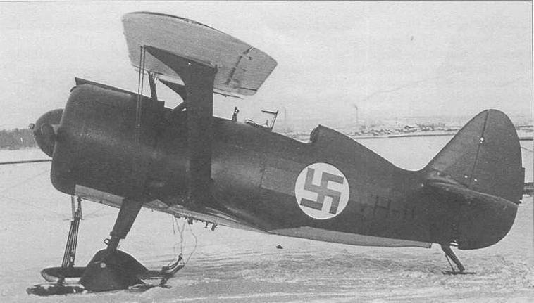 И-15бис (VH-11) после нанесения финских опознавательных знаков. Февраль 1940 г. (CG)